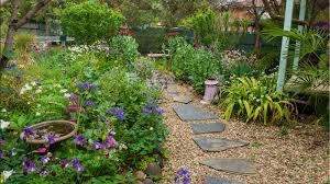 landscape design in Mays Hill